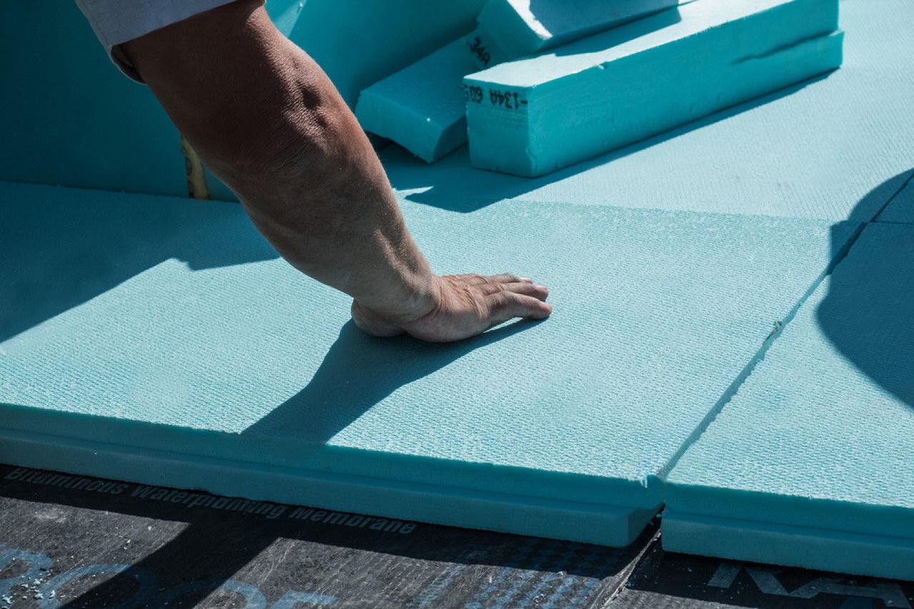 Утепление балкона (лоджии), пола пеноплексом: технология и этапы
